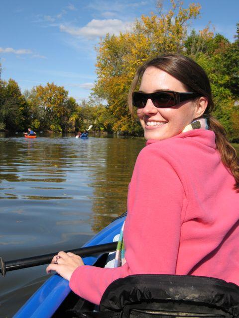 annie-kayaking